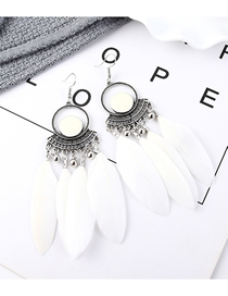 Fashion White Feather Earrings
