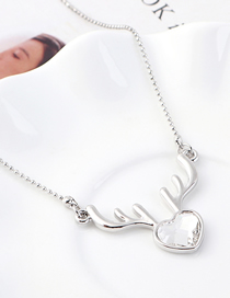 Fashion White Elk Heart Crystal Necklace