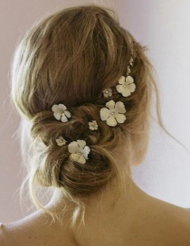 Fashion White Gold-plated Flower Hair Clip Set