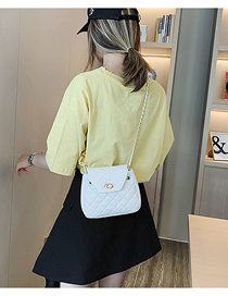 Fashion White Chain Splicing Lock Messenger Bag
