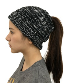 Fashion Black And White Flower Warm Bamboo Wool Cap