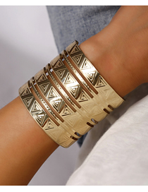 Fashion Gold Alloy Openwork Glossy Carved Open Bracelet