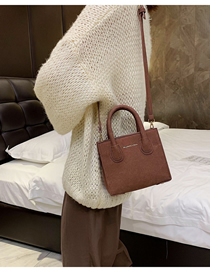 Fashion Brown Letter Hand Shoulder Shoulder Bag  Pu