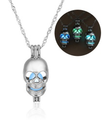 Fashion Silver Skull Shape Decorated Necklace