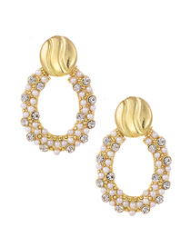 Fashion Gold Alloy Pearl Studded Oval Stud Earrings