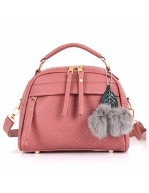 Fashion Pink Hairball Pendant: Shoulder Bag: Shoulder Bag