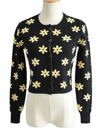 Fashion Black Flower Knitted Single-breasted Sweater