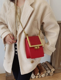 Fashion Red Lock Chain Single Crossbody Bag