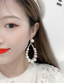 Fashion White Drop-shaped Pearl Earrings