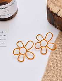 Fashion Ginger Flocking Irregular Flower Hollow Earrings