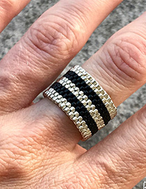 Fashion Black Rice Beads Hand-knit Contrast Ring