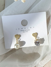 Fashion Yellow 925 Silver Needle Asymmetric Heart Pearl Pearl Diamond Earrings