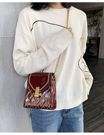 Fashion Red Wine Chain Rhombus Embroidered Patent Leather Shoulder Bag