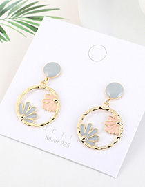 Fashion Gray Gold-plated Oil Drop Circle Flower Cutout Earrings