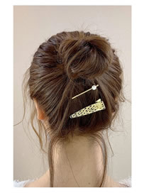 Fashion Hollow Triangle Gold Alloy Geometric Hairpin