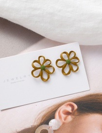 Fashion Yellow Hollow Small Daisy Alloy Earrings
