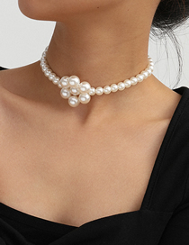 Fashion White K Single Layer Hand-woven Geometric Flower Imitation Pearl Necklace