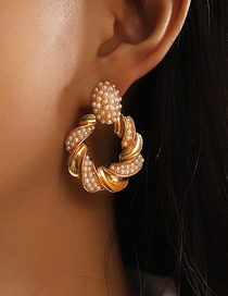 Fashion Gold Color Geometric Metal Twisted Twist Pearl Earrings