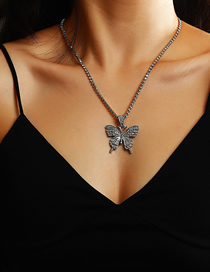 Fashion Silver Color Alloy Necklace With Diamond Butterfly Pendant
