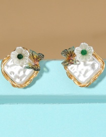 Fashion White Hand-wound Pearl Small Butterfly Flower Earrings