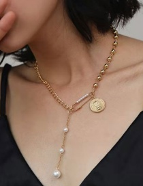 Fashion Gold Color Coin Pin Pearl Stitching Short Necklace