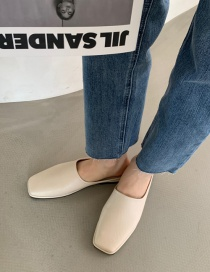 Fashion Off-white Flat-bottomed Square Toe Half Slippers