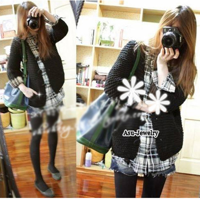 (Black) 2011 Korean fashion woman v-neck puffsleeve cardigans knit sweate