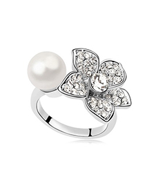 Promise White Pearl Flower Decorated Design Pearl Crystal Rings