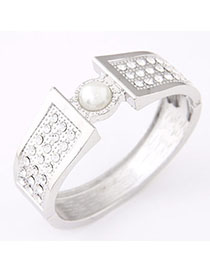 Photograph Silver Color Pearl Decorated Simple Design Alloy Fashion Bangles