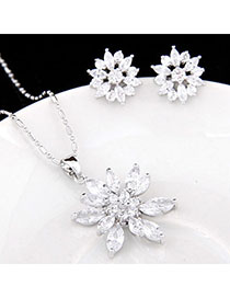 Baggy White Diamond Decorated Flower Design Zircon Fashion Bracelets