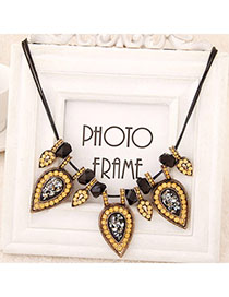 Venetian Black Diamond Decorated Waterdrop Shape Design Alloy Korean Necklaces