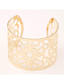 Trendy Gold Color Flower Shape Decorated Hollow Out Design