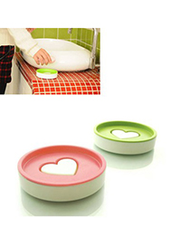 Outdoor Color Will Be Random Double Layer Round Shape Heart Soap Box Plastic Household goods