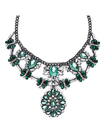 Pierced Green Diamond Decorated Waterdrop Shape Design Alloy Fashion Necklaces