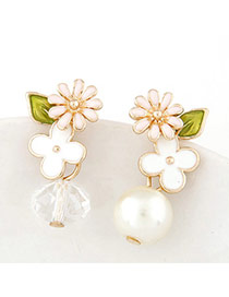Fresh Gold Color Pearl Decorated Flower Design