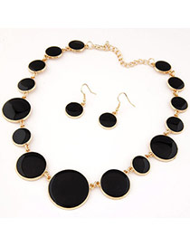 Joker Black Gemstone Decorated Round Shape Design