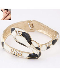 Personality White+black Diamond Decorated Snake Shape Design  Alloy Fashion Bangles