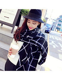 Fashion Black Grid Pattern Simple Design  Woolen Yarn knitting Wool Scaves