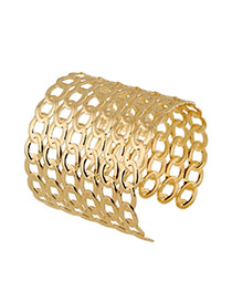 Trending Gold Color Interlocking Pattern Decorated Hollow Out Opening Design
