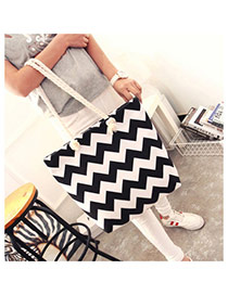 Fashion Black Wave Shape Pattern Decorated Simple Design