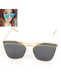 Trendy Black Metal Decorated Geometric Shape Reflective Design Alloy Women Sunglasses