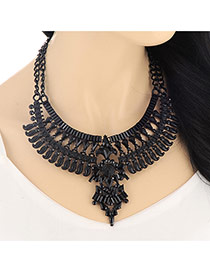 Vintage Gold Color Hollow Out Diamond Decorated Collar Design Alloy Bib Necklaces