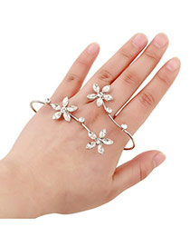 Sweet Silver Color Flower Shape Decorated Opening Design Alloy Fashion Bangles