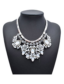 Exquisite White Gemstone Decorated Simple Design Alloy Fashion Necklaces