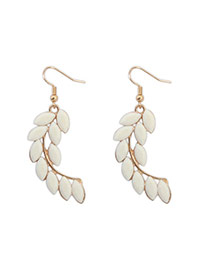 Elegant White Gemstone Decorated Leaf Shape Design