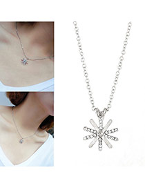 Elegant Silver Color Sunflower Shape Pendant Decorated Simple Necklace