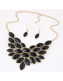 Elegant Black Oval Gemstone Decorated Simple Jewerly Sets