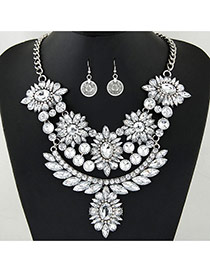 Fashion Silver Color Flower Shape Decorated Hollow Out Jewelry Sets