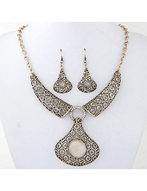 Fashion Gold Color Round Shape Gemstone Decorated Pure Color Design Necklace