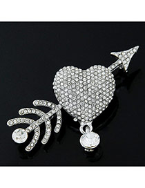 Lovely Silver Color Round Shape Diamond Decorated Heart Shape Decorated Simple Brooch